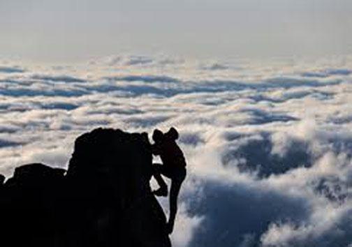رکورد زنی ورزشکار مهابادی در صعود به قله سبلان